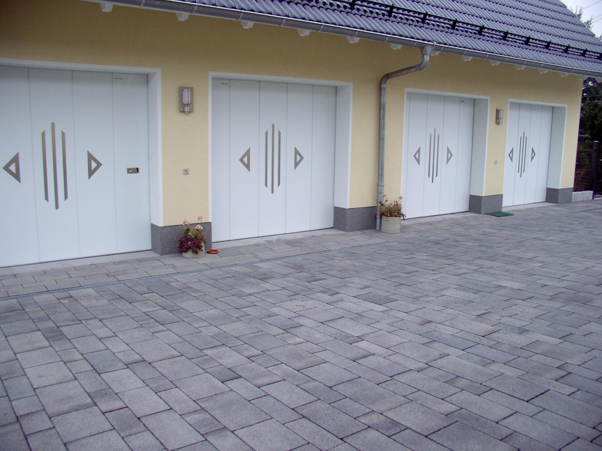 Garagenseitensektionaltore